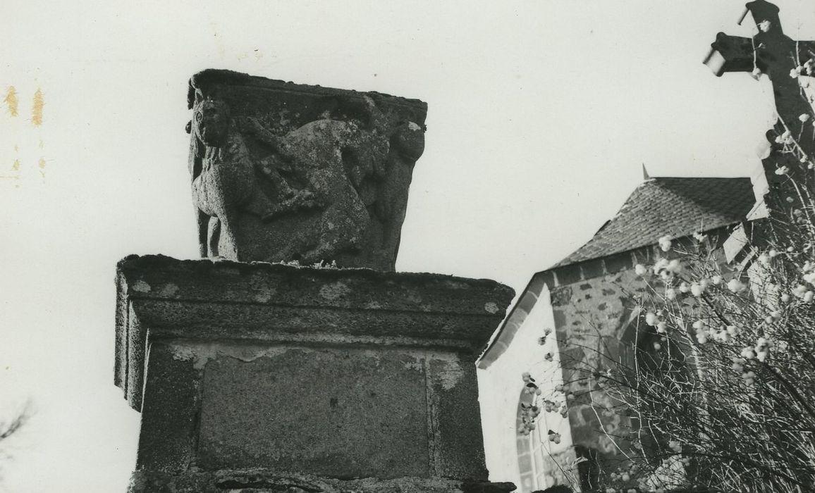 Chapiteau, vue générale