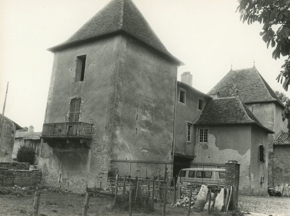 Château de Grenaud: Ensemble nord-est, vue générale