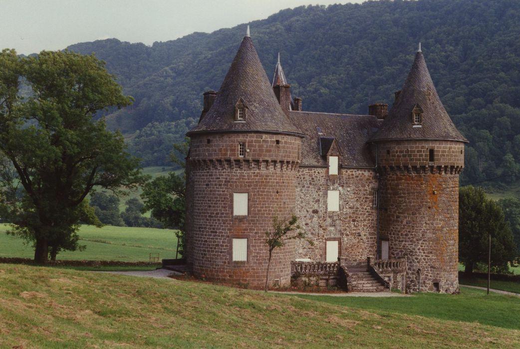 Château de Longevergne: Façade ouest, vue générale