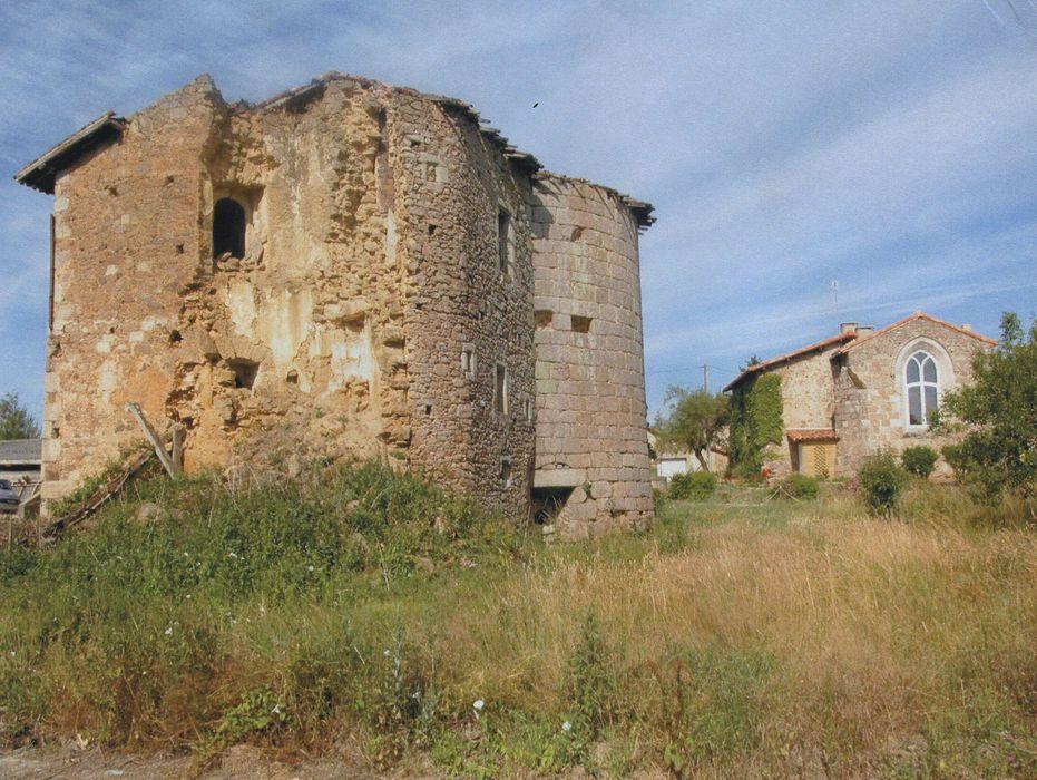 Vieux château: Vue générale depuis le nord-est