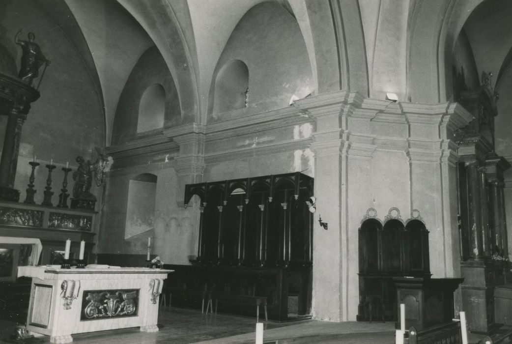 Eglise Saint-Michel: Choeur, vue partielle