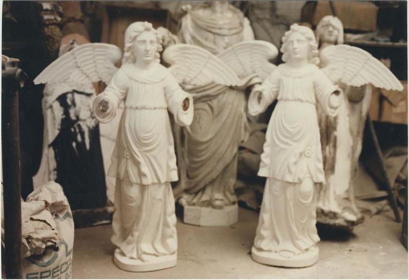 Statues (statuettes): anges, vue générale