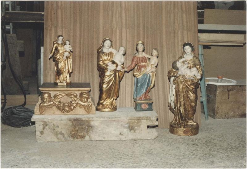 Statues (statuettes): Vierge à l'enfant (4), vue générale