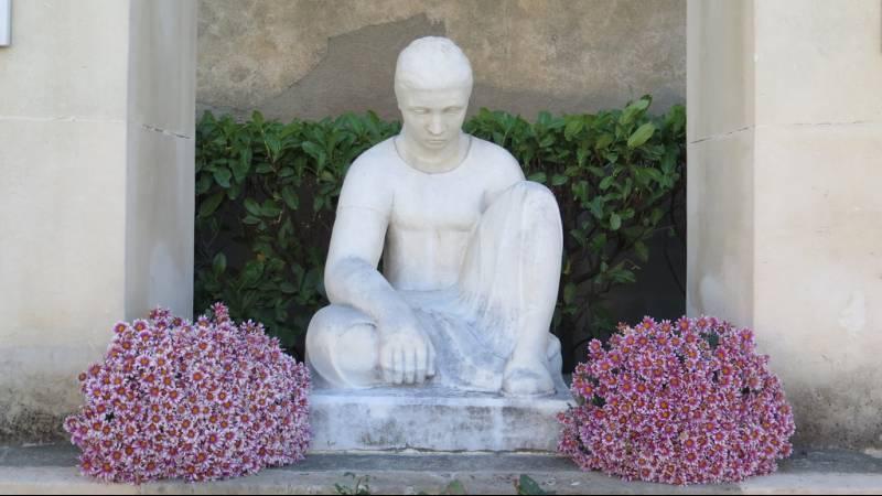 monument aux morts d'Ouveillan