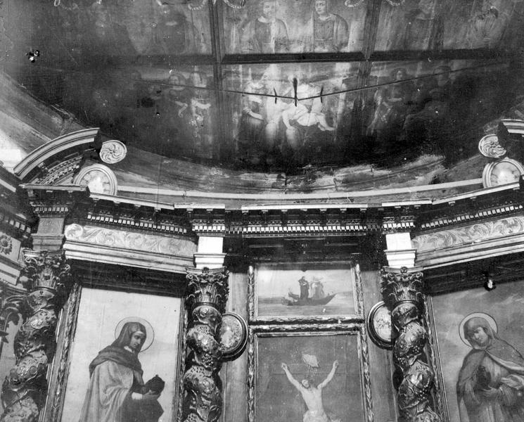 Dais d'autel, 2 tableaux : la Nativité, les Apôtres