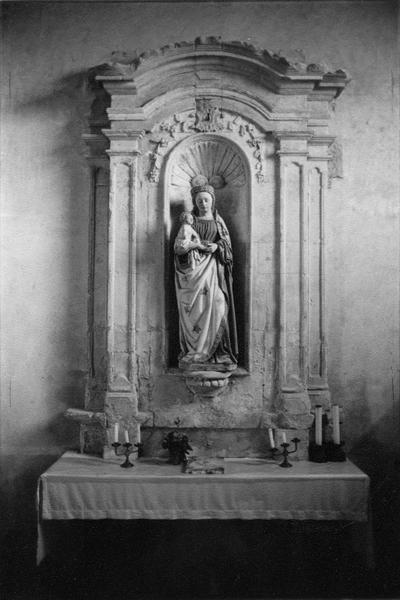 Retable : Vierge à l'Enfant