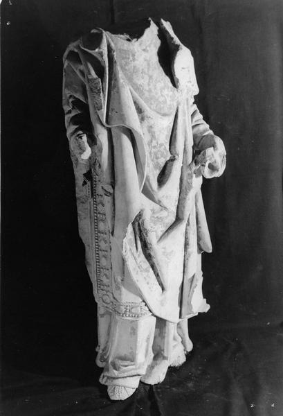 statue mutilée : Saint Sauveur