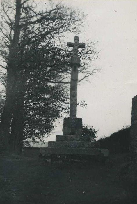 vue générale de la croix monumentale