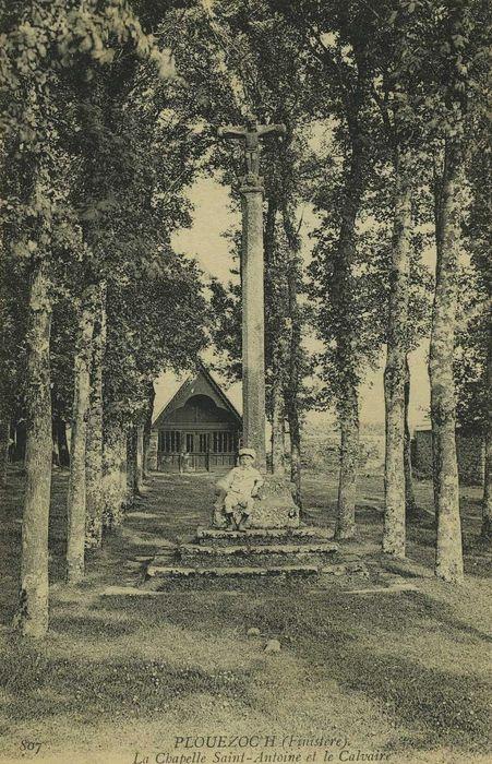 vue générale de la chapelle dans son environnement