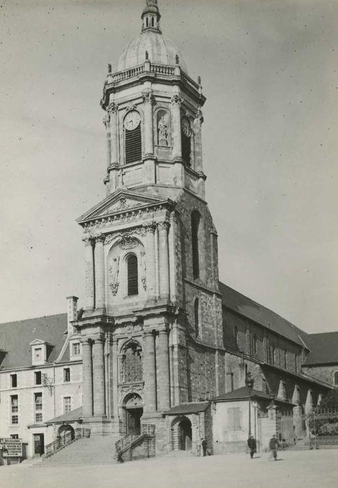 Eglise Notre-Dame-en-Saint-Mélaine