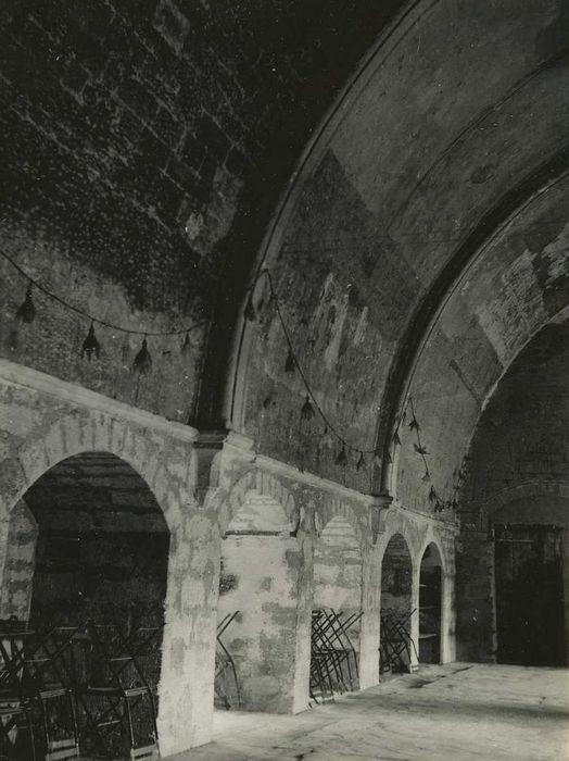 Abbaye cistercienne: Dortoir, vue partielle