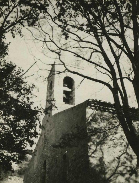 Eglise: Façade occidentale, vue partielle