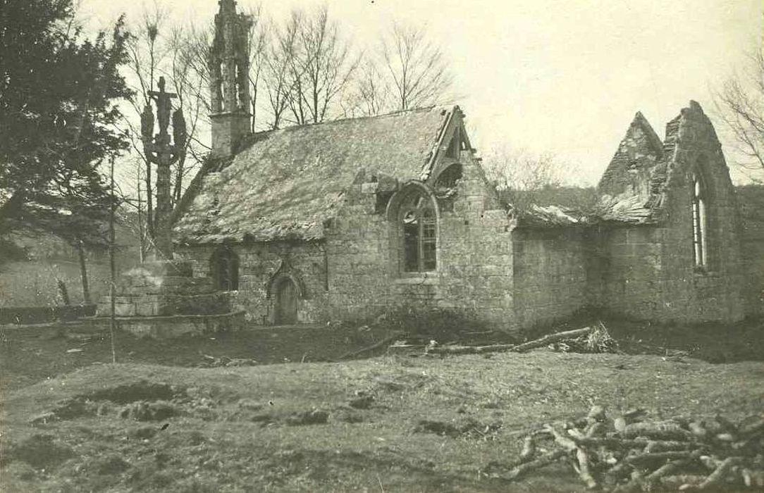 Ruines de la chapelle de Lochrist et calvaire: Vue générale des ruines