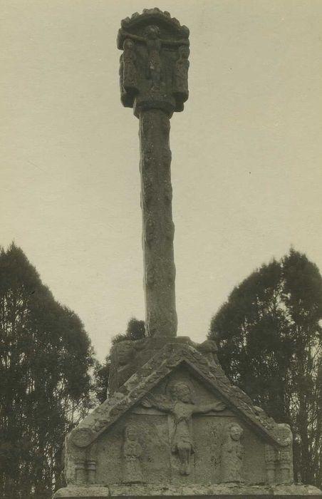 Croix du cimetière: Vue générale