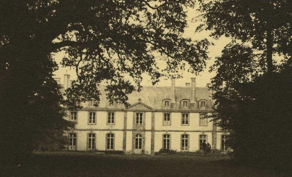 Château: Façade nord, vuegénérale