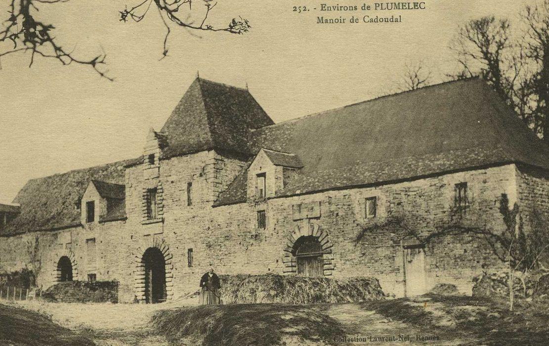 Manoir de Cadoudal: Ensemble sud, vue générale