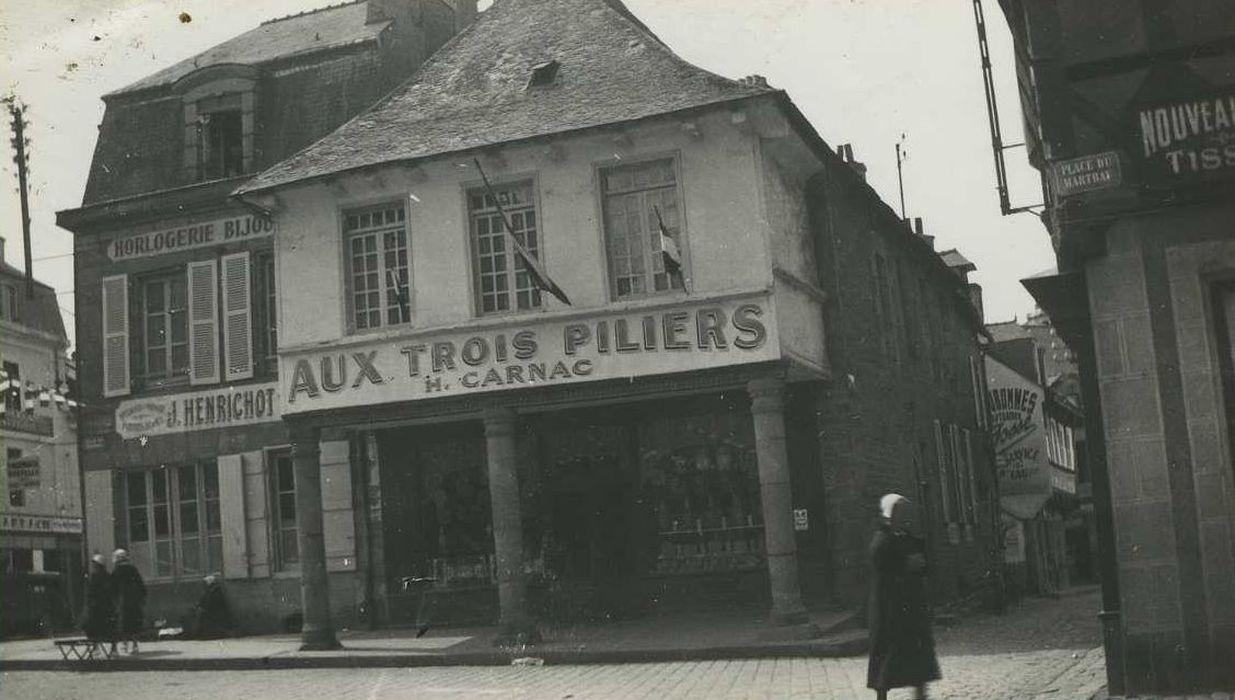 Maison des Trois-Piliers