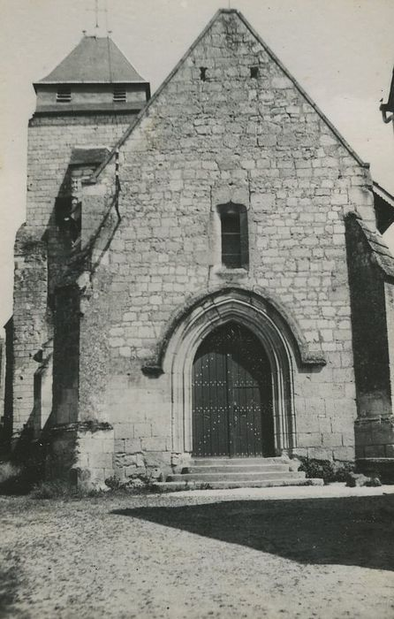 Eglise Saint-Martin: Façade ocidentale, vue générale