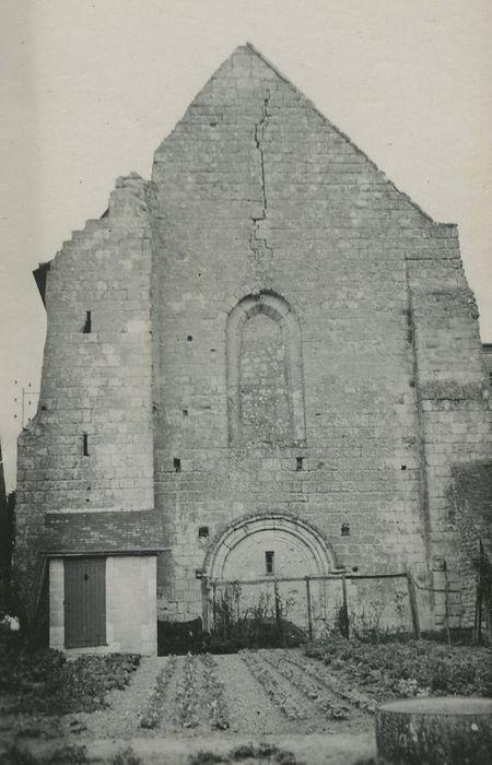 Ancien prieuré de Saint-Venant: Portail occidental, vue générale