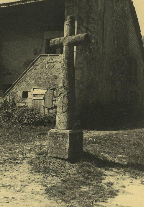 Croix de carrefour dite croix de Verrières, vue générale