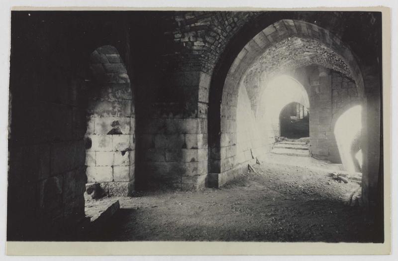 Vue de la rampe depuis l'intérieur de la tour des Lions