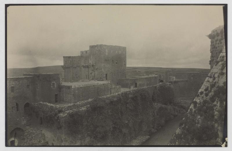 Le front sud vu de l'intérieur de la forteresse