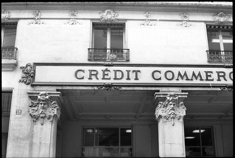 Immeuble, actuellement immeuble du Crédit Commercial de France