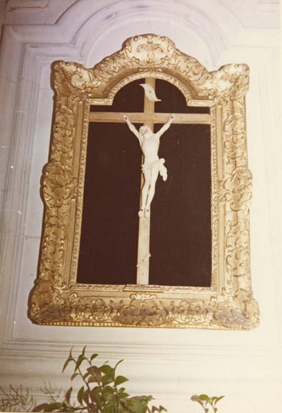 croix encadrée