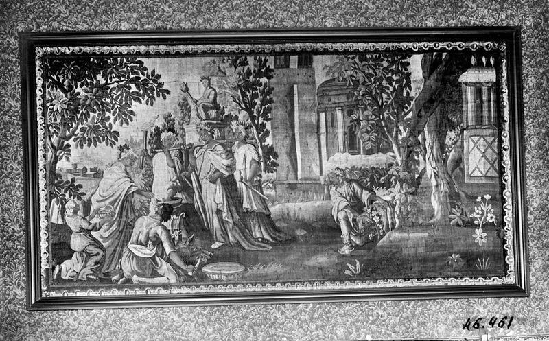 pièce murale : Sacrifice païen devant une idole, vue générale