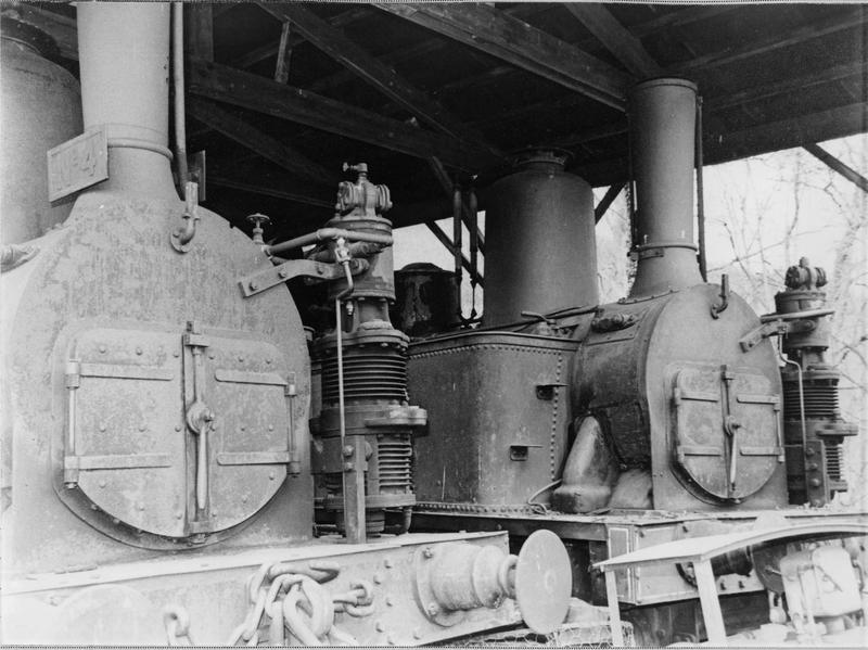 Locomotive à vapeur, à voie normale, dite Le Progrès, 42 030 T 3, détail de la tête de locomotive à vapeur
