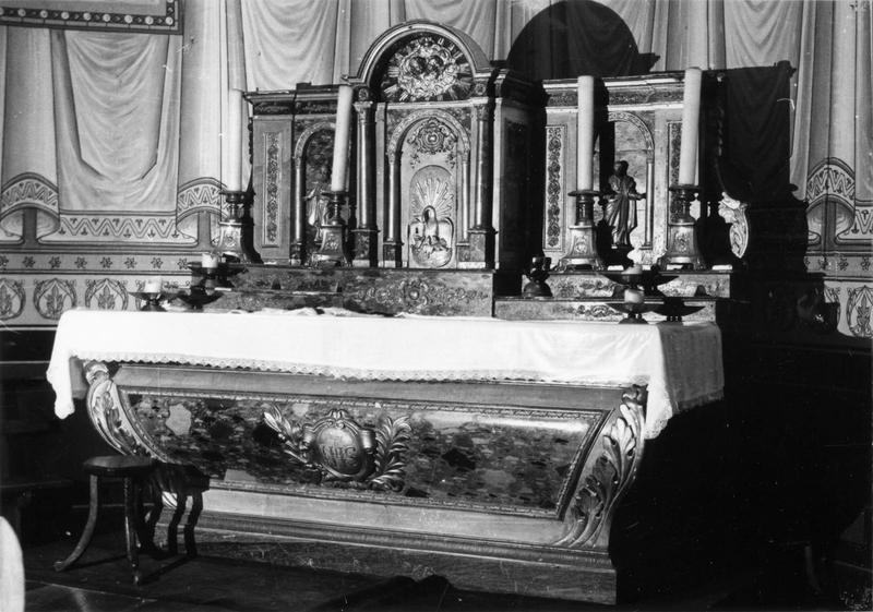 autel, tabernacle, 2 statuettes : saint Pierre, saint Paul (maître-autel)