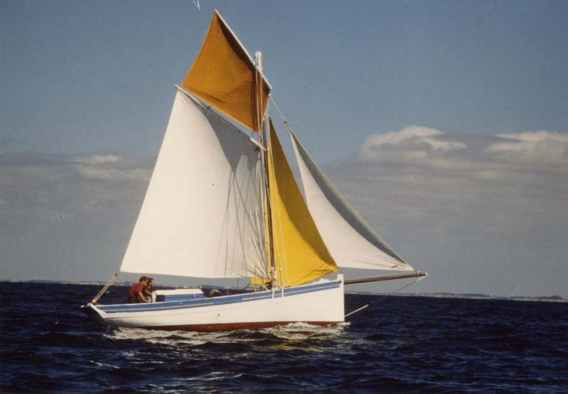 Bateau de pêche (sloop ostréicole), dit Laisse-les dire