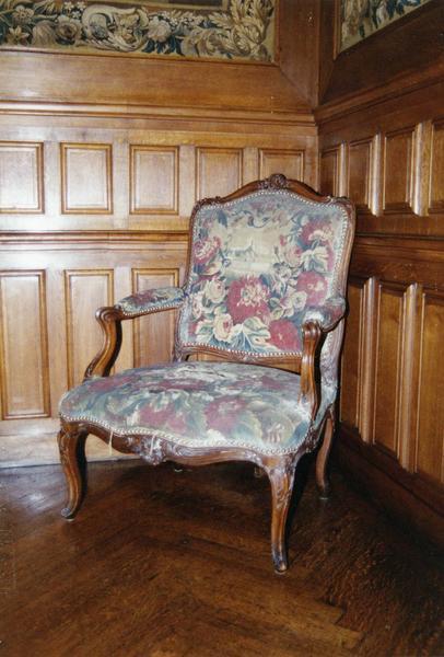 2 fauteuils, chaise
