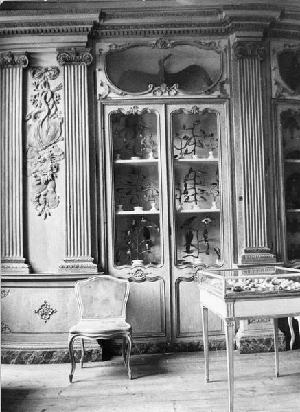armoire, chaise, lambris de revêtement
