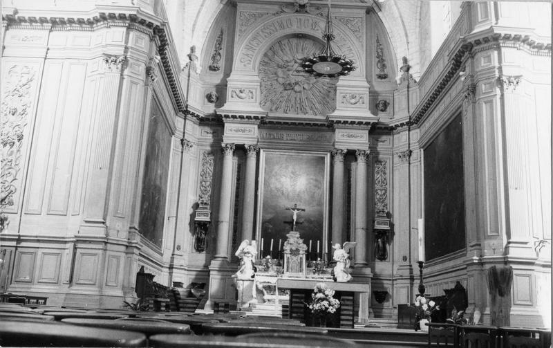 3 retables architecturés du maître-autel, lambris de revêtement