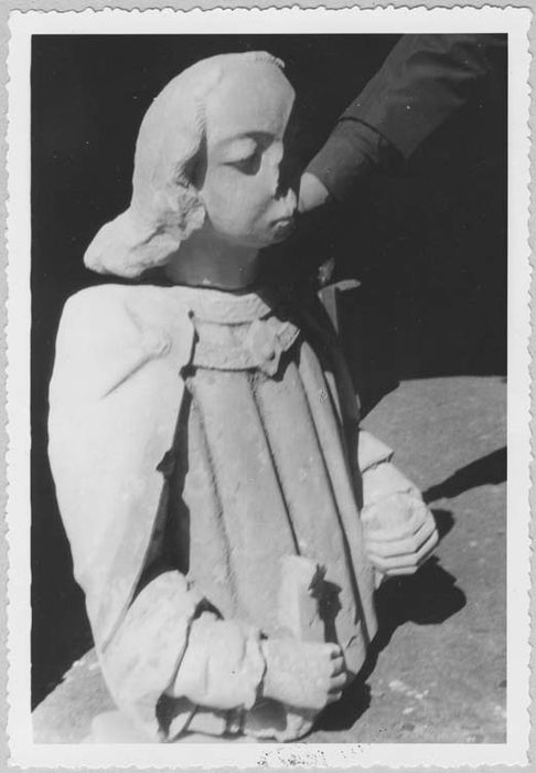 Ensemble de 2 statues : saint Cyr ?, sainte Julitte ?