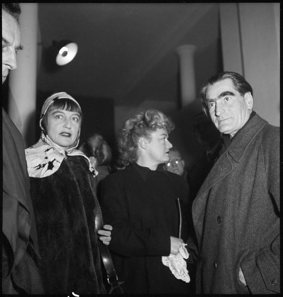 [Exposition Max Ernst, janvier à février 1950 : invités lors du vernissage]