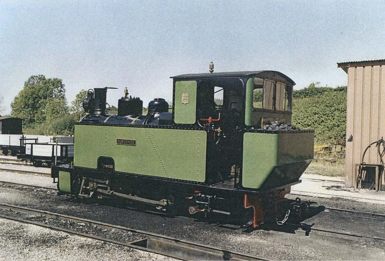 locomotive à vapeur 030T Couillet, vue trois quart arrière