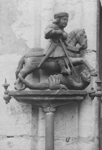 Bâton de procession : Saint Georges terrassant le dragon, bois polychrome