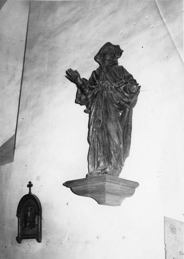 Groupe sculpté : Vierge du Calvaire, bois
