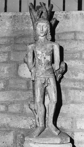 statue : saint Sébastien, pierre