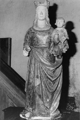 Statue : Vierge à l'Enfant, pierre polychrome, 14e ou 15e siècle