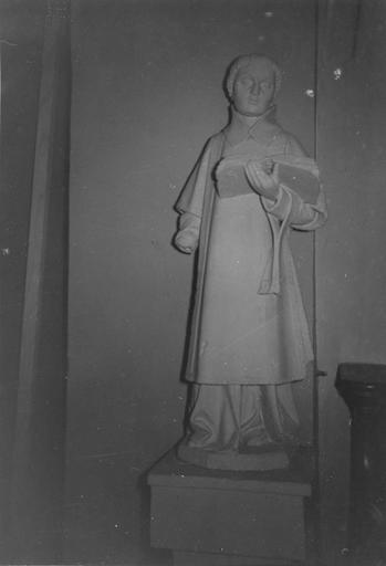 Statue : saint Vincent, pierre, 16e siècle