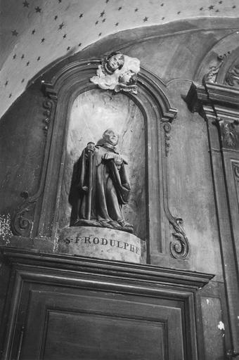 Statue : saint Frou ou Frodulphe, pierre