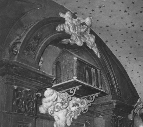 Châsse de saint Frou ou Frodulphe et son décor