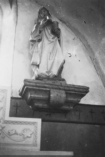 Statue : sainte Madeleine, pierre polychrome