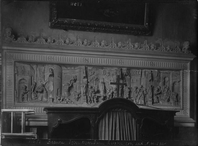 Retable de saint Pierre : scènes de la vie de saint Pierre, pierre sculptée