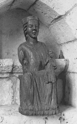Statue : Vierge à l'Enfant, bois, fin 13e ou début 14e siècle
