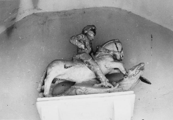 Statue : saint Georges, pierre polychrome