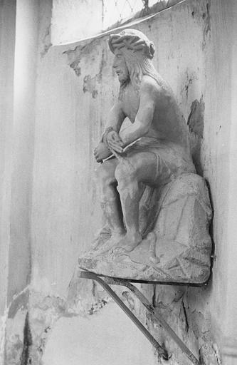 Statue : Christ aux liens, pierre